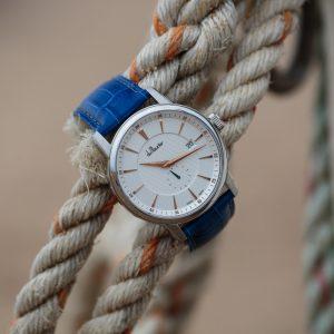 Maxim blue strap